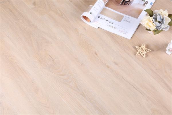 PVC塑胶地板品牌哪些好?选购PVC塑胶地板有什么标准?