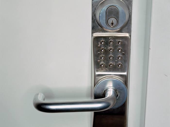 防盗门哪个牌子好?防盗门怎么辨别好坏?