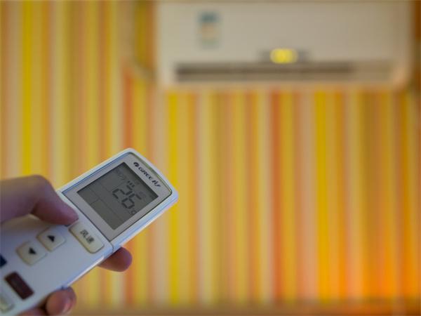 空调清洗方法有哪些?空调使用有哪些注意事项?