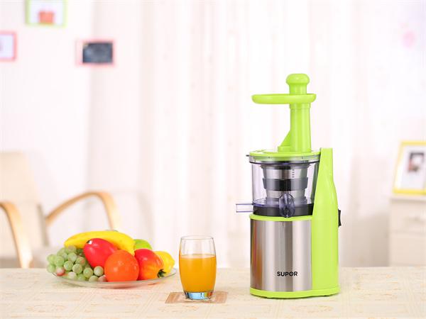 手摇榨汁机有哪些优点?如何挑选榨汁机?