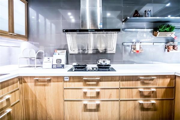 厨房橱柜门什么颜色好?搭配要点有哪些?