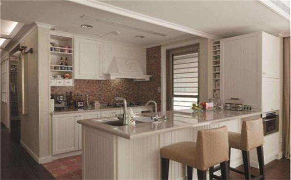 开放式厨房抽油烟机的安装应该注意设计吗