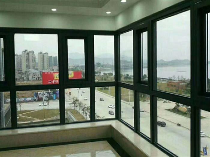 铝合金推拉窗如何选购?铝合金推拉窗优点?