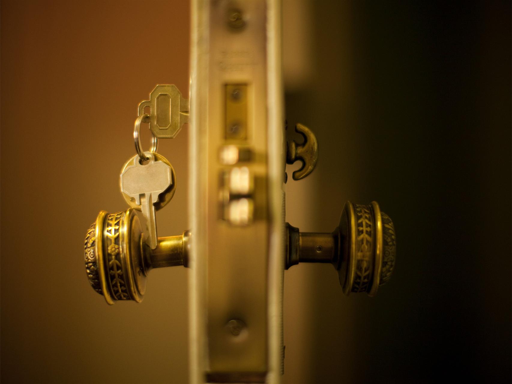 换防盗门锁芯怎么操作?购买防盗门锁芯注意事项