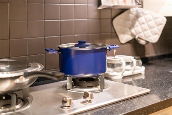 燃气灶灶具价格是多少?选购燃气灶要注意什么?
