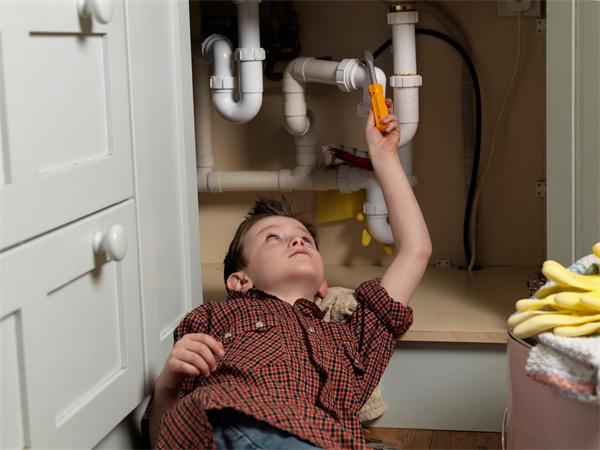 厨房排水管安装有哪些注意事项呢?在风水上有哪些讲究呢?