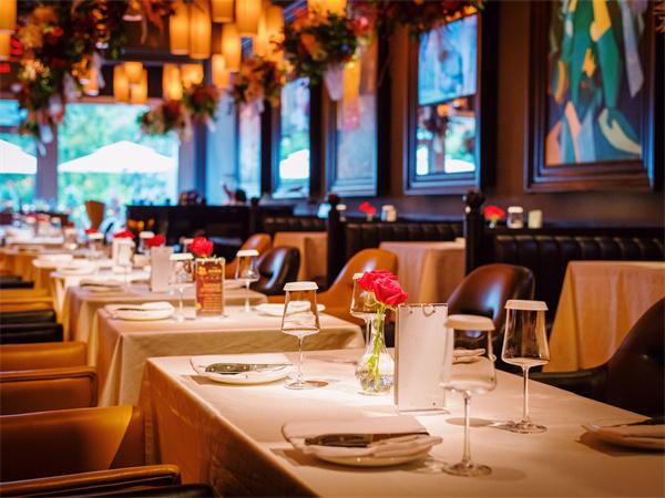 西餐厅室内设计技巧详解,西餐厅室内设计怎么用色调?