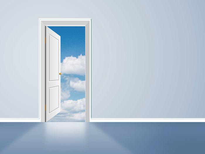 两间卧室门正对门好吗?两间卧室门对门的化解办法