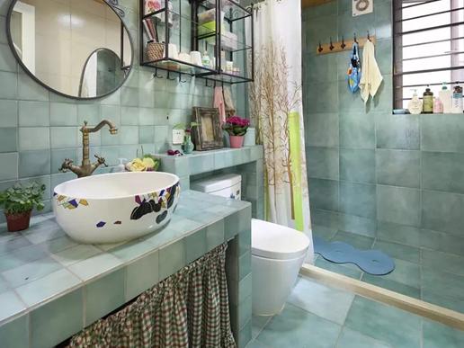 卫生间浴帘的风水与保养技巧