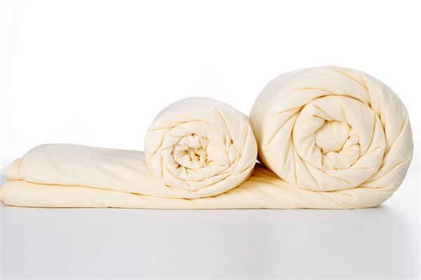 蚕丝被的鉴别方法你知道吗?带你了解蚕丝被的优点!